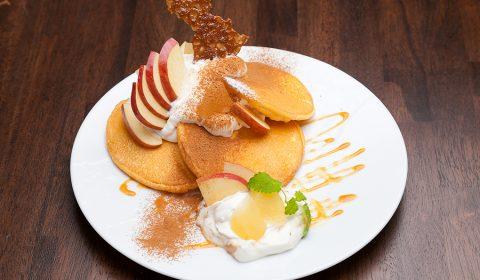 アップル&シナモンパンケーキ